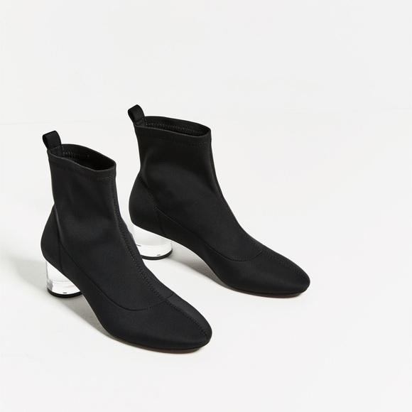 c46671069640 Zara Ankle Boots with methacrylate clear heel. M 5b954c29951996a2adbb16fc